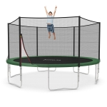 Ampel 24 Trampolin