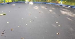 Trampolin ohne Abdeckung verschmutzt schnell